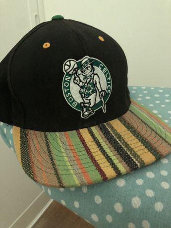 Chapeu Snapback  Mitchell & Ness Boston Celtics