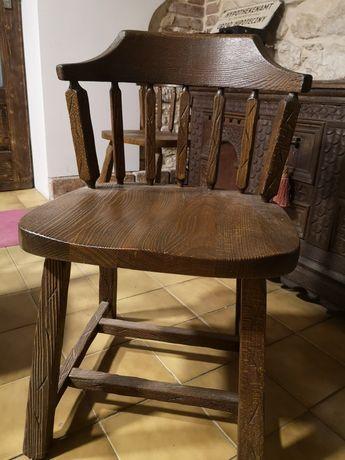 Dębowe lite krzesła retro