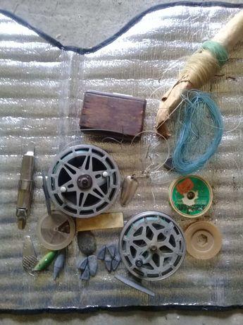 Рыболовные катушки, грузики блёсна, крючки ЛОТ за всё