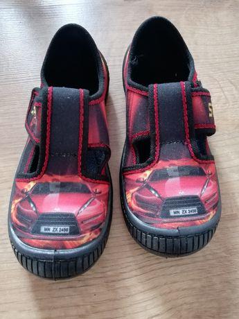 Nowe buciki r 28