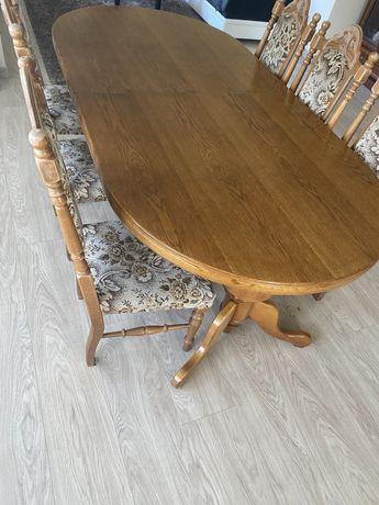 Sprzedam duży ,drewniany , rozkładany stol z krzesłami