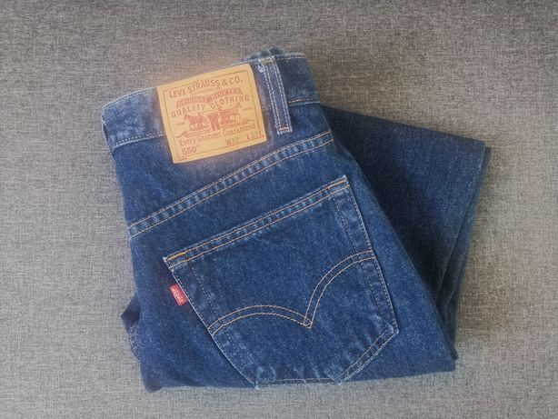 Jeansy Levi's 550 32x32 Relaxed Fit Care on reverse made in Columbia