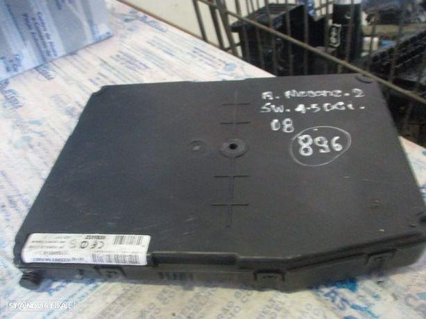 Caixa fusiveis 8200780007 RENAULT / MEGANE 2 SW / 2008 / 1.5 DCI / SIEMENS /