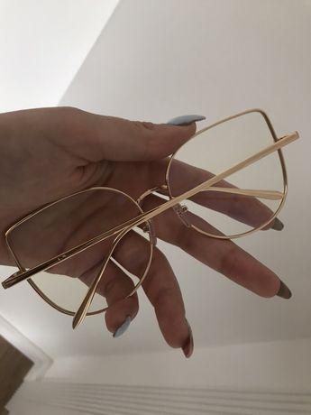 Oprawki okulary złote zerówki możliwość wymiany na szkła korekcyjne