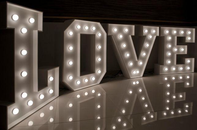Sprzedam napis LOVE retro + pokrowce, dostawa w Słupsku gratis