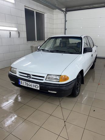 Продам/Обмен Opel Astra F 1993 1.6
