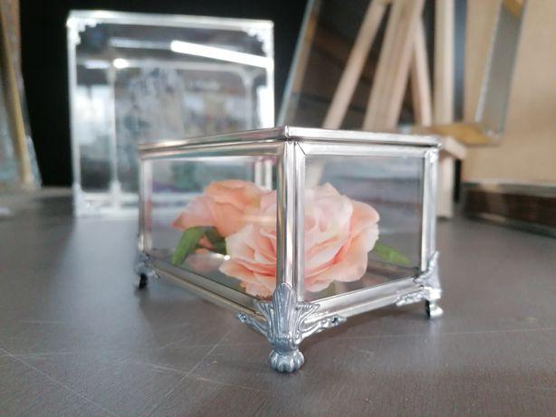 Pudełko szklane, srebrne, szkatułka, organizer, na obrączki, glamour,