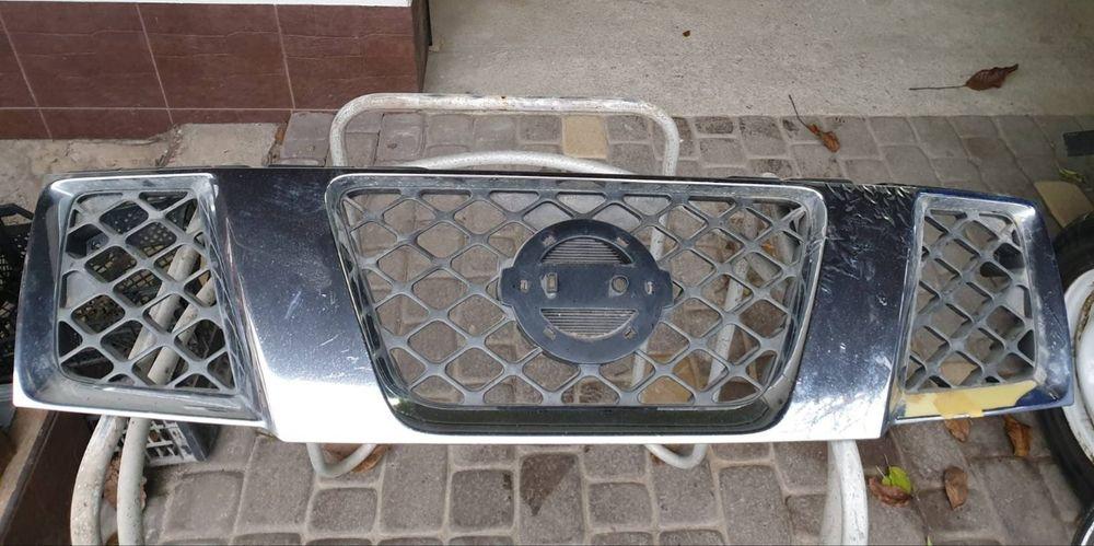 Решетка радиатора на Nissan pathfinder Винница - изображение 1