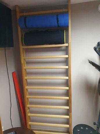 Drabinka gimnastyczna bukowa (2,20x0,90 cm) z uchwytami montażowymi