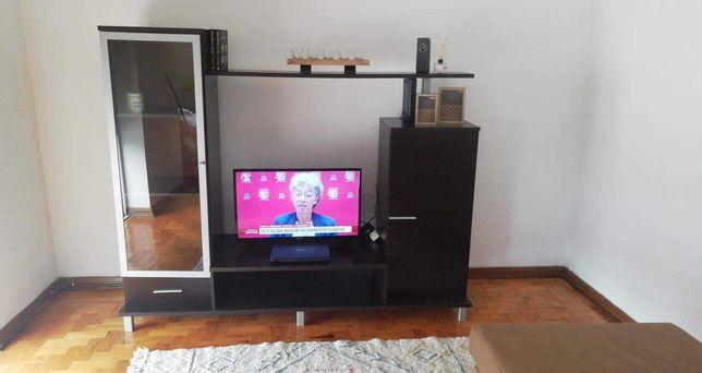 Móvel TV com Arrumação