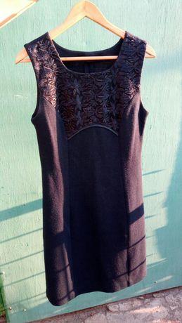 Теплое платье 44-46 размер