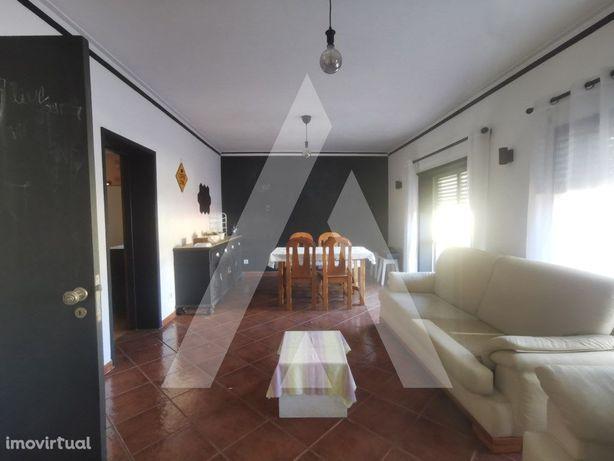 Apartamento T3 localizado no centro de Águeda.