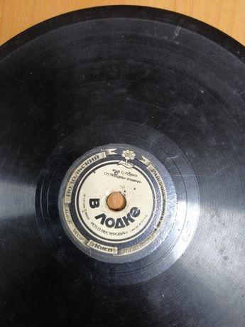 Редние пластинки ,выпущенные в Украине 51 год