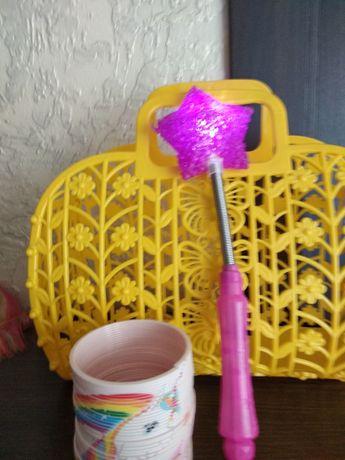Игрушки недорого пружинка сумочка свечка для торта