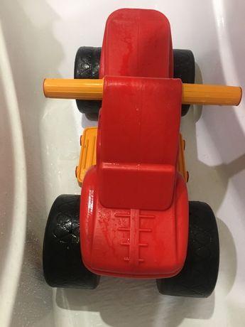 Машинка толокар Орион