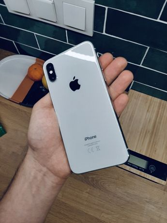 iPhone XS 64 gb SREBRNY, roczny OKAZJA!
