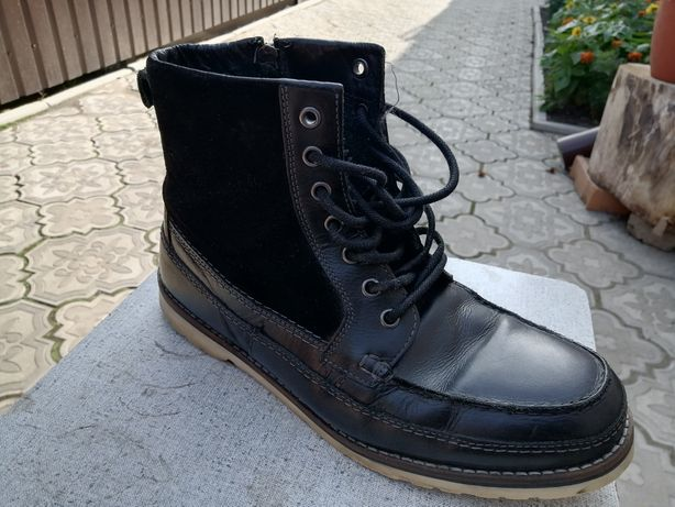 Продам утеплённые ботинки NEXT