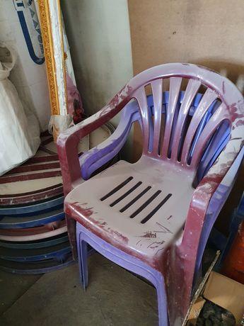 Столи и стулья пласстмасовые