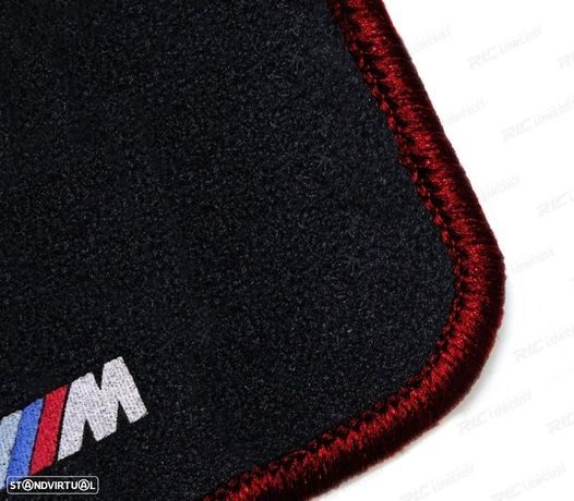 TAPETES VELUDO COM SÍMBOLO M BMW / SERIE3 E36 / CONTORNO VERMELHO