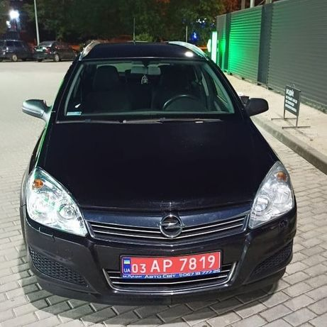 Opel Astra H 2009 год