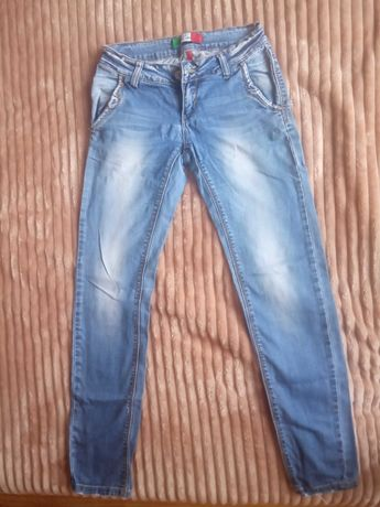 Продам джинси штани
