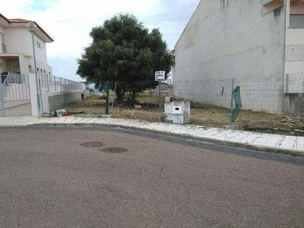 Vendo ou Permuto Terreno Urbano 660mt2.