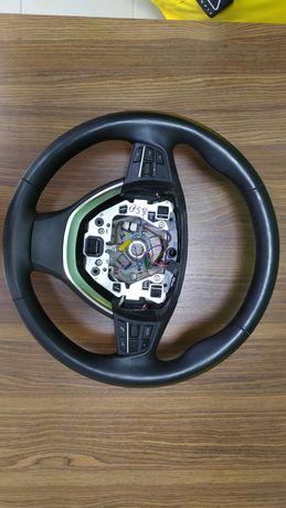 Руль с подогревом BMW F10
