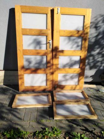 drzwi drewniane i 3 okienka z pleksi do altanki