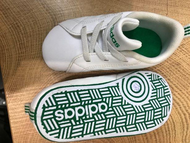 ADIDAS фирменная размер 19,00 детская кожаная обувь новая