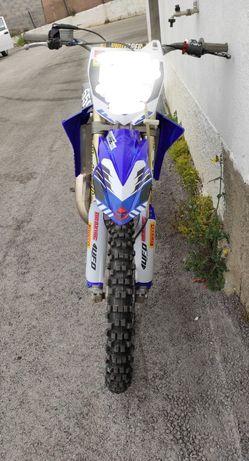 Moto de cross Yz125