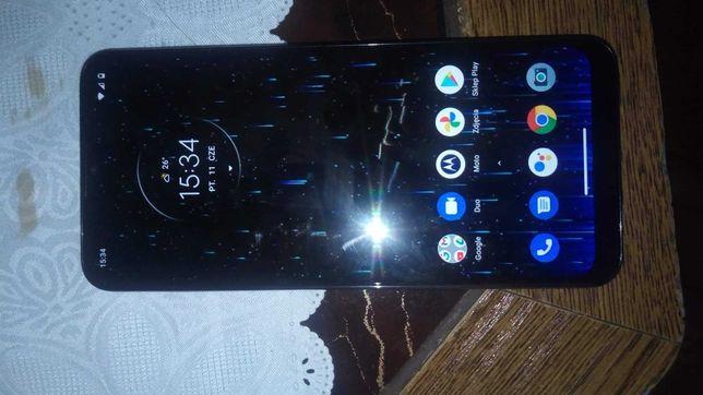 Motorola e7 Plus  zapraszam.Aktualne
