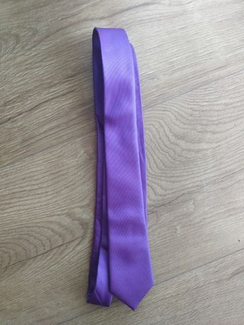 Krawat fioletowy - raz założony