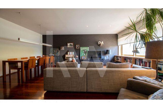 Apartamento T3 em condomínio fechado, Granja (Arcozelo)