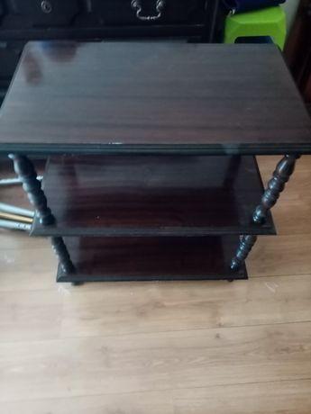 Vendo Mesa com traços antigos