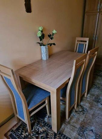 drewniany stół + 4 krzesła