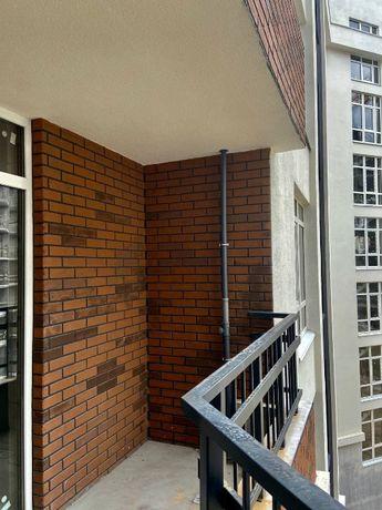Продам 2к квартиру 74 м2 , кухня 28.3 м2. Рассрочка. Готовый дом.