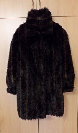 płaszcz futro pod pacha 126