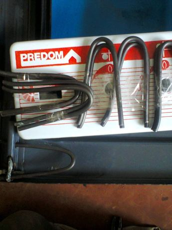 спружины на дверцу на газовую плиту предом и др.