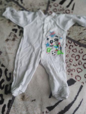 Продам одяг для немовлят від 0до 3