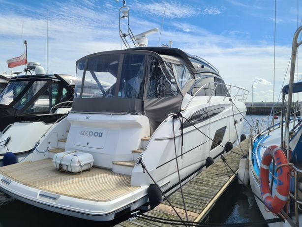 Jacht motorowy Princess V 48