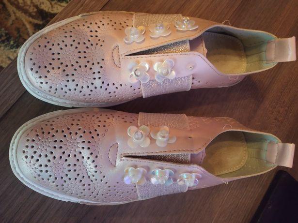 Слипони,туфлі  Розмір 32
