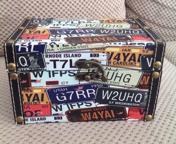 Tablice rejestracyjne pudełko skrzynka kuferek ozdobny