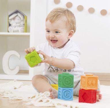 Cubos de empilhar macios:números, formas e animais em relevo 18 meses+