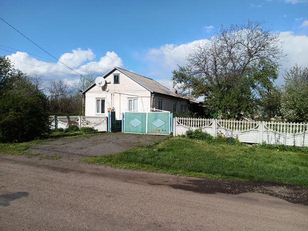 Продам дом для семьи и хозяйства супер