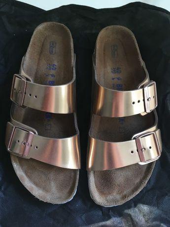 Birkenstock Arizona em pele, cor Metallic Copper