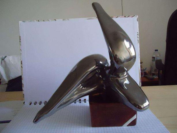 escultura em faiança