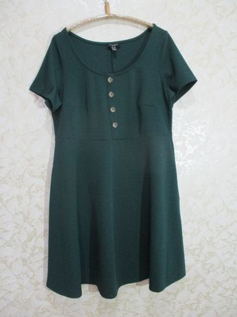 Стрейчевое фактурное платье/короткий рукав зелёное/54-56/батал