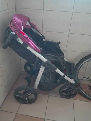 Wozek dla niemowlaka