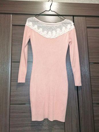 Платье пудра трикотаж, вязаное, тёплое, кружево, сеточка