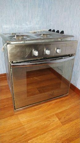 Продам электрический духовой шкаф для кухни.